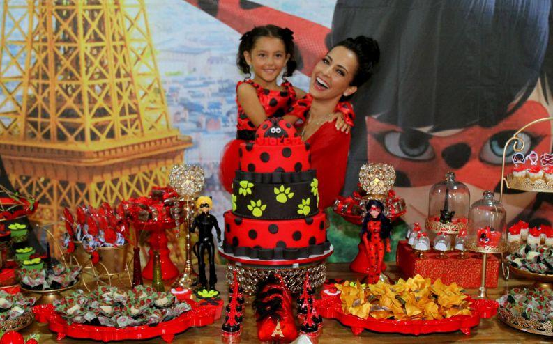 decoracao-festa-ladybug-maite-piragibe-1116-1400-872